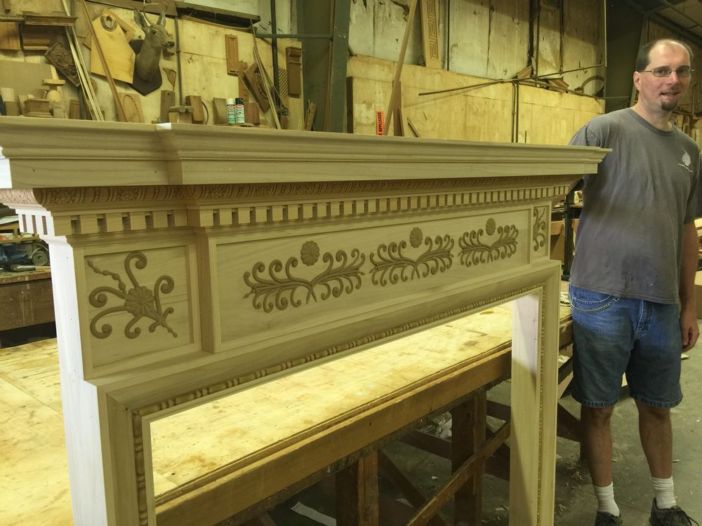 Side view of the dentil moulding and applied details on the classical mantel